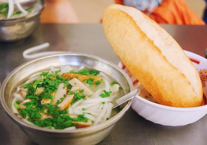 Bánh canh chả cá Phan Rang
